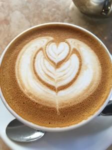 コーヒーファクトリーつくば_カフェラテ1